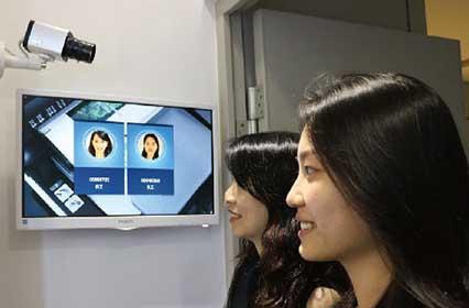 「AI人臉辨識系統」進出辦公大門的門禁把關利器,只需要0.03秒99.5%精準辨識